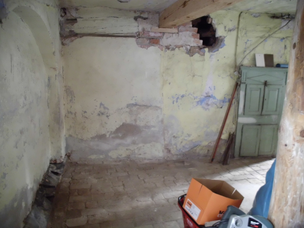 Innenquerwand Küche 2011